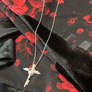 NEW 925SS Winged Heart Love Key Pendant Necklace